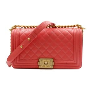 CHANEL Bags - Chanel Pink Medium Caviar Calf Skin Boy Bag